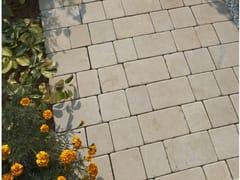 Pavimento per esterni in pietra naturaleMINT SAWN SETTS - STONE AGE PVT. LTD.