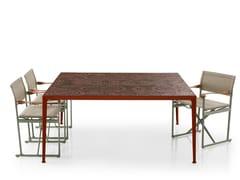 Tavolo da giardino quadrato in gres porcellanatoMIRTO OUTDOOR | Tavolo quadrato - B&B ITALIA OUTDOOR, A BRAND OF B&B ITALIA SPA