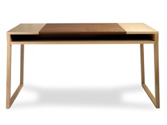 Scrivania in legno impiallacciato con inserto in pelleMONTSOREAU | Scrivania in legno - CDHC PRODUCTIONS
