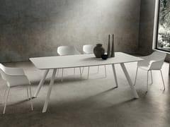Tavolo da pranzo con piano in Fenix e gambe in alluminioNICOLA - LA PRIMAVERA SAS DI DE MARCHI LINO E C.