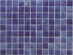 Mosaico antibatterico in vetro riciclatoNIEBLA SWIMMING POOLS - HISPANO ITALIANA DE REVESTIMIENTOS