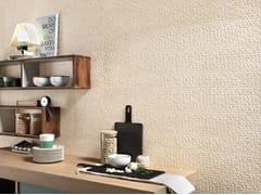 Mosaico con superficie tridimensionale in ceramica a pasta bianca effetto pietraNORDIC STONE WALL DANIMARCA ESAGONETTE - ITALGRANITI