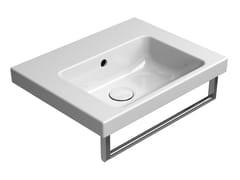 Lavabo rettangolare singolo in ceramica con porta asciugamaniNORM 50X40 | Lavabo - GSI CERAMICA