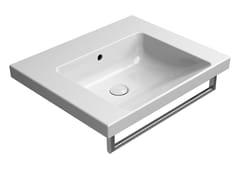 Lavabo rettangolare singolo in ceramica con porta asciugamaniNORM 60X50 | Lavabo - GSI CERAMICA
