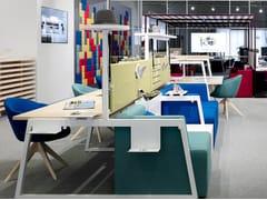 Bench con zona lounge intregrata e piano meeting rialzatoFUSION | Postazione di lavoro multipla - CENTRUFFICIO LORETO