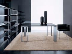 Tavolo laccato quadrato in MDF OVER   Tavolo quadrato -