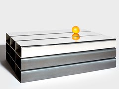 Tavolino rettangolare in acciaioPALLET | Tavolino - ALEXALLEN STUDIO