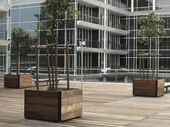 URBIDERMIS, PLAZA Fioriera per spazi pubblici quadrata in legno