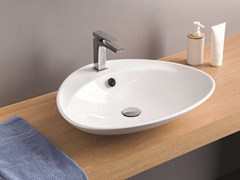 Lavabo da appoggio singolo in ceramica PLETTRO | Lavabo da appoggio -