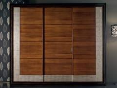 Armadio in legno massello con ante scorrevoliÉTOILE NIGHT | Armadio - CANTIERO