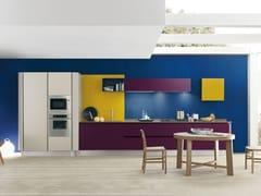 Cucina laccata lineare PRIMAVERA COLORS -
