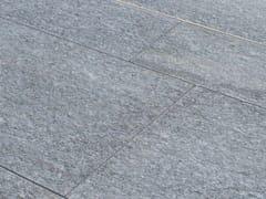 B&B Rivestimenti Naturali, LUSERNA FIAMMATA GRIGIA | Pavimento in pietra naturale  Pavimento in pietra naturale