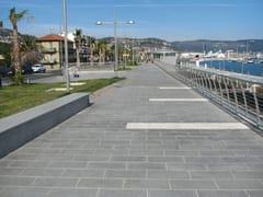 Pavimento per esterni in granito DIORITE - Lastre