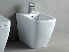 Bidet in ceramica a pasta bianca THIN | Bidet - Thin