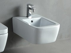 Bidet sospeso in ceramica a pasta bianca THIN | Bidet sospeso - Thin