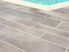 Pavimento per esterni in ceramica DESIGN DESJOYAUX | Pavimento per esterni in ceramica -
