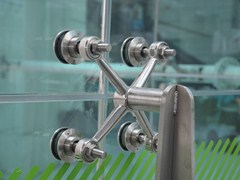 Sistema e profilo di ancoraggio per facciataFITECHNIC Glass Fitting MOD.3 complement - PENTAGONAL