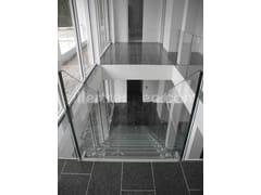 Scala a giorno in vetro con cosciali lateraliTRANSPARENT STAIRCASE DESIGN, ALL GLASS | Scala a giorno in vetro - SILLER TREPPEN