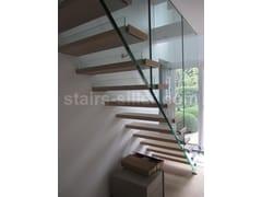 Scala a giorno in legno e vetro con cosciali lateraliUK AND USA SOLUTION FOR MISTRAL STAIRS | Scala a giorno - SILLER TREPPEN