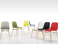 Sedia in ABS con gambe in legno NEXT | Sedia - Next