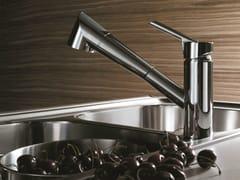 Miscelatore da cucina cromato monoforo con doccetta estraibileOZ | Miscelatore da cucina da piano - CARLO NOBILI RUBINETTERIE