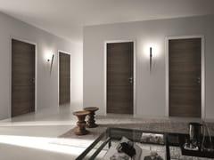 Porta a battente in legno BISYSTEM | Porta in legno - Design