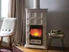 Stufa a legna in ceramica ad accumuloMARLENE L/A - SERGIO LEONI
