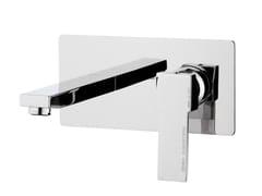 Miscelatore per lavabo a muro monocomando con piastra QUBIKA | Miscelatore per lavabo con piastra - Qubika