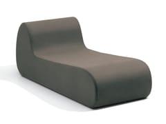 Chaise longue imbottita in tessutoVIRGOLA | Chaise longue - MHOME