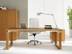 Scrivania direzionale rettangolare in legno impiallacciato ELECTA | Scrivania rettangolare - Electa
