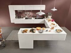 Cucina componibile laccata con penisola36E8 | Cucina con penisola - LAGO