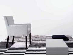 Sedia con braccioli URSULA -