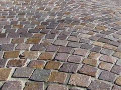 Pavimento per esterni in porfidoPORFIDO DEL TRENTINO - PAVESMAC