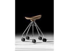 Sgabello basso su trespolo in legno con ruoteJAMAICA | Sgabello basso - BD BARCELONA DESIGN