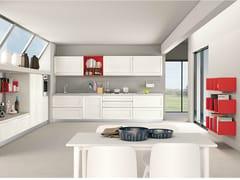 Cucina componibile lineare in frassino con maniglie integrateSELMA - CREO KITCHENS BY LUBE