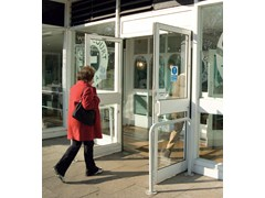 Porta d'ingresso automatica a battentePORTE A BATTENTE KONE - KONE