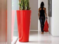 VONDOM, CONO ALTO Vaso da giardino luminoso in polietilene