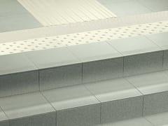 Casalgrande Padana, TACTILE Pavimento tattile in gres porcellanato per interni ed esterni