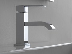 Miscelatore per lavabo monoforo QUBIC   Miscelatore per lavabo monoforo - Qubic