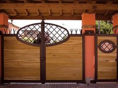 Cancello in ferro rivestito in legnoCancello in ferro rivestito in legno - QUARTIERI LUIGI
