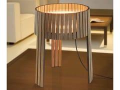 Lampada da tavolo in multistratoSHIO | Lampada da tavolo - ARTURO ALVAREZ