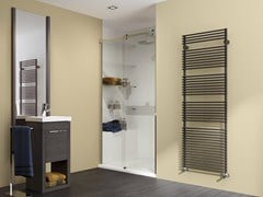 Scaldasalviette verticale in acciaio a parete FLAUTO | Scaldasalviette -