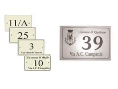 Targa per toponomastica / numero civico in bachelite®SG179 - LAZZARI SRL