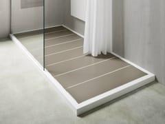 Rexa Design, UNICO CON DOGHE Piatto doccia in Corian® con doghe in HPL Polaris