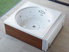 Mini pool spas