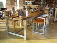 Tavolo rettangolare in legno DISECTION - handmade metal furniture by Ici et Là