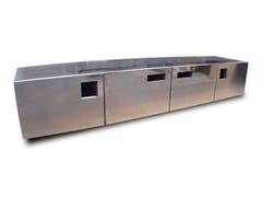 Madia in acciaio inox KEY HOLE - handmade metal furniture by Ici et Là