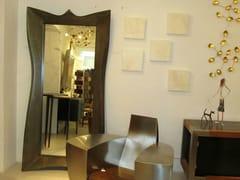Specchio rettangolare con cornice WHO'S THE FAIREST - handmade metal furniture by Ici et Là