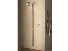 Colonna doccia a parete con soffione Colonna doccia a parete -