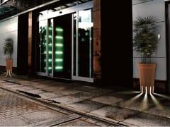 DDF, LITI WALL Fioriera per spazi pubblici luminosa in legno